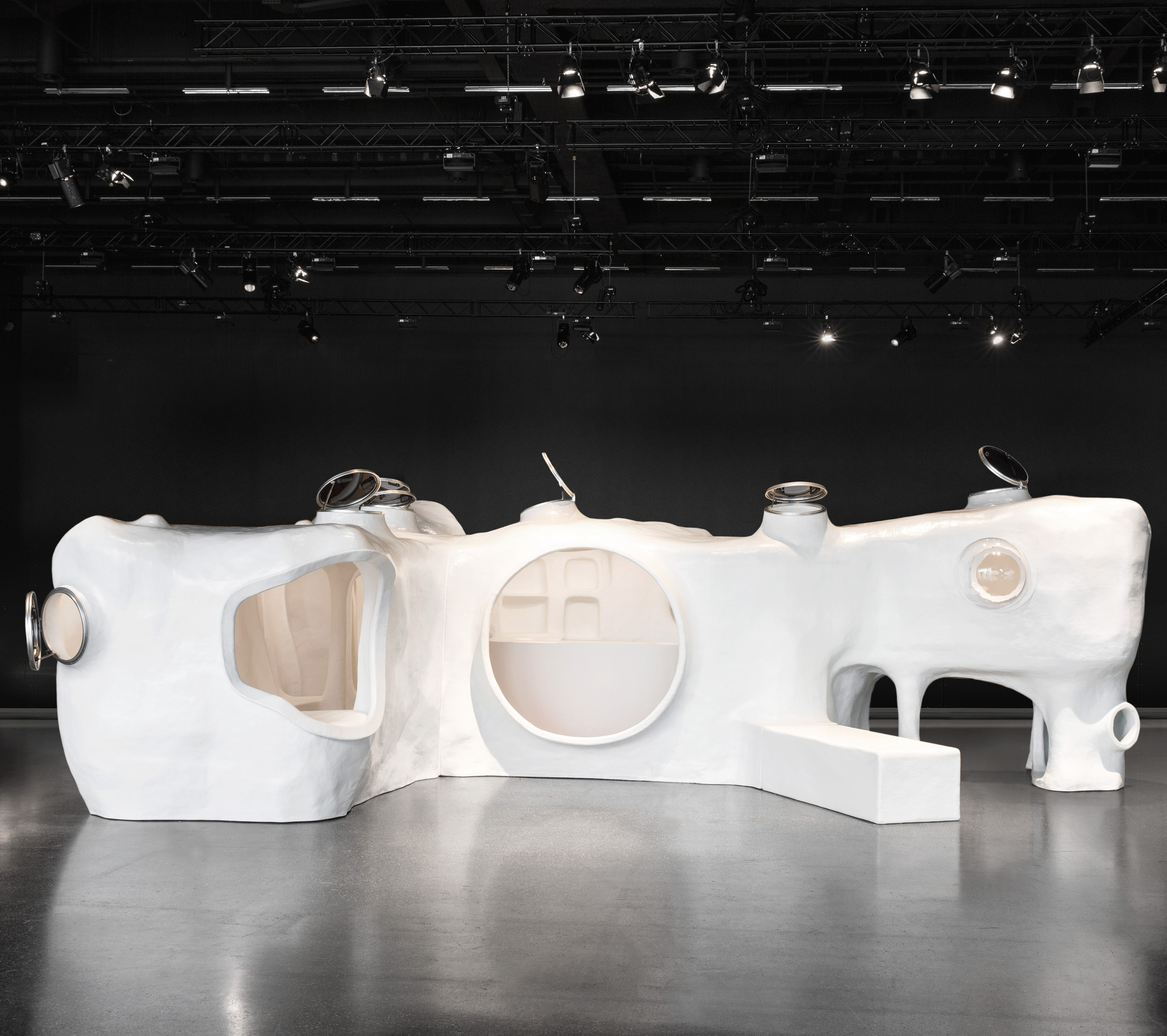 Joep Van Lieshout, The Original Dwelling