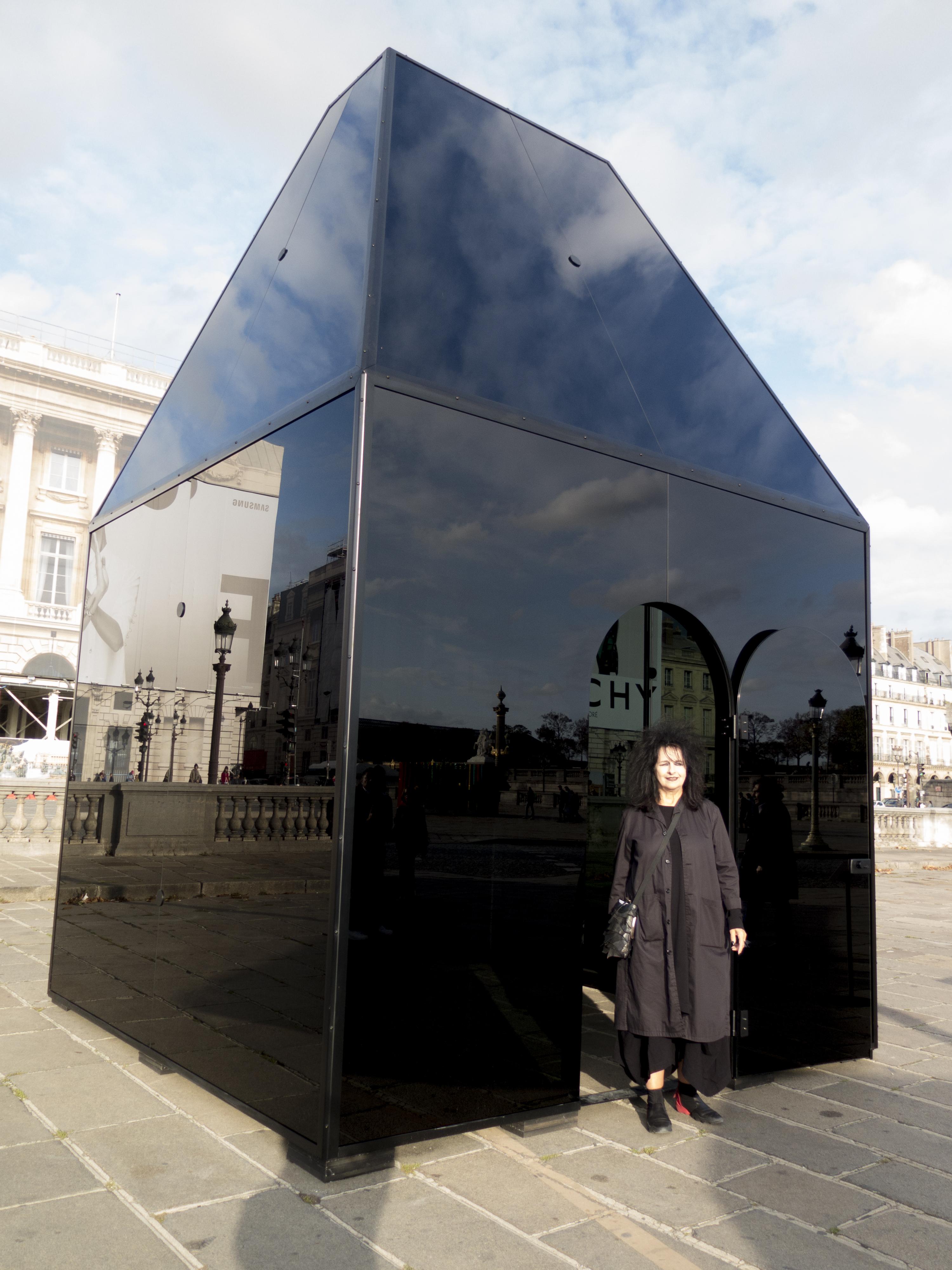 Odile Decq, The Black Pavilion
